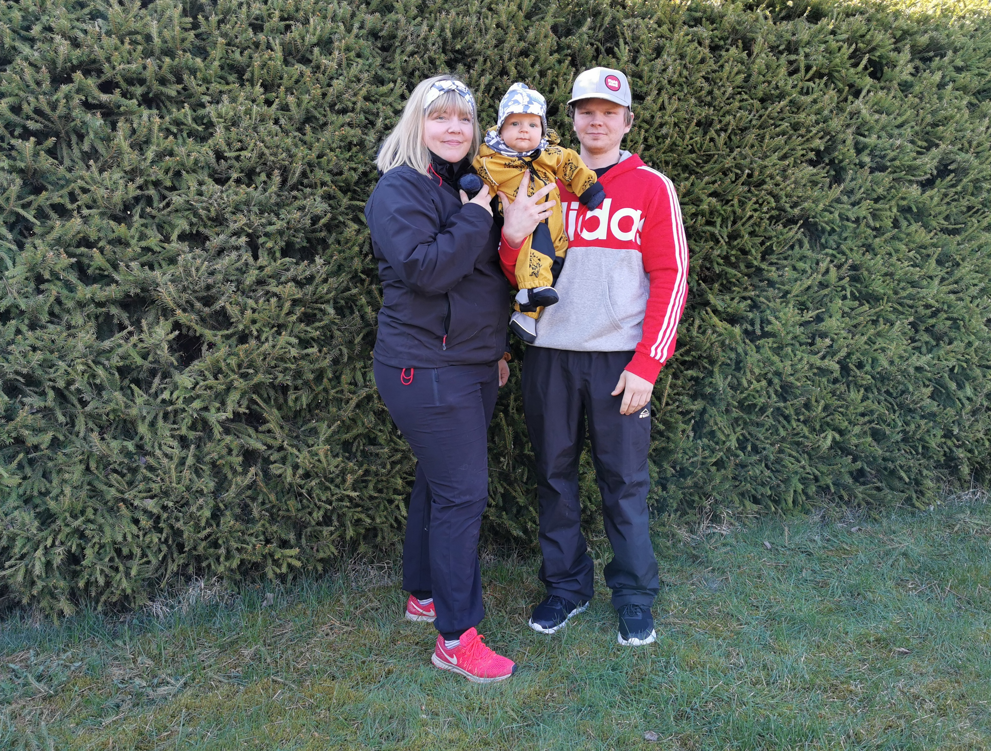 Ida Vigren ja Aku Jokela perheineen