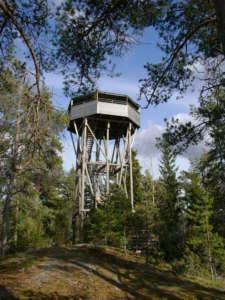 Kansallispuiston lintutorni on yksi pohjoismaiden suurimpia